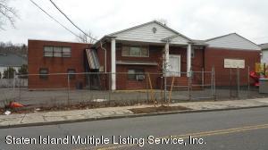 3495 Richmond Road, Staten Island, NY 10306