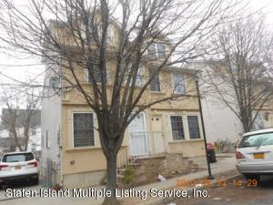 29 Rumpler Court, Staten Island, NY 10302