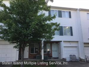 189 Aspen Knolls Way, Staten Island, NY 10312