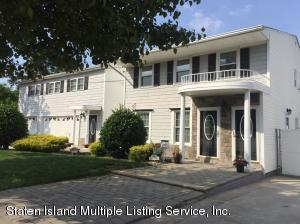 4165 Richmond Avenue, Staten Island, NY 10312