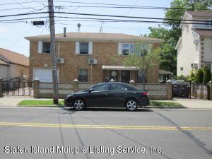 148 Sand Ln, Staten Island, NY 10305
