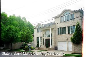 38 Hillview Place, Staten Island, NY 10304