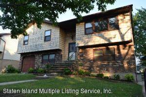 34 Armour Place, Staten Island, NY 10309
