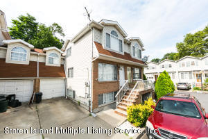55 Hope Lane, Staten Island, NY 10305