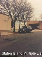 35 Giffords Glen, Staten Island, NY 10308