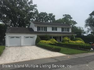 26 Oxholm Avenue, Staten Island, NY 10301