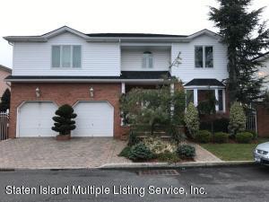 33 Honey Lane, Staten Island, NY 10307