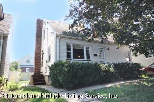 15 Iowa Place, Staten Island, NY 10314