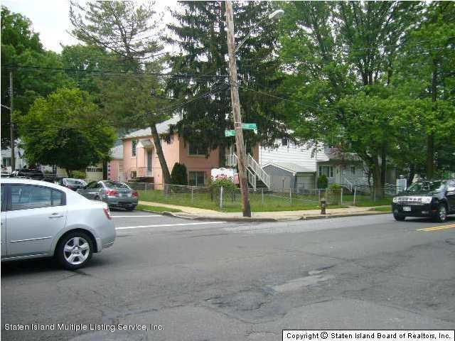 Two Family - Detached 2132 Victory Blvd   Staten Island, NY 10314, MLS-1113004-5