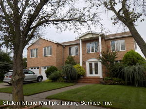 455 Holdridge Avenue, Staten Island, NY 10312