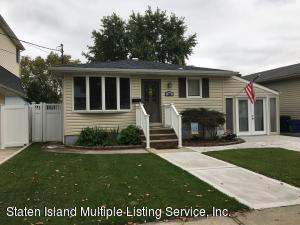 376 Peter Avenue, Staten Island, NY 10306