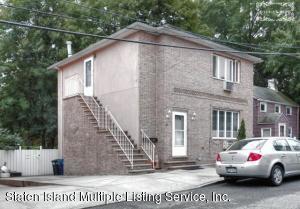 48 Bell St, Staten Island, NY 10305