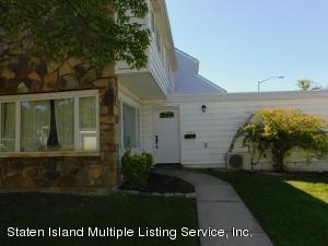 320 Hampton Green, Staten Island, NY 10312