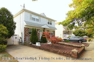 384 Cortelyou Avenue, Staten Island, NY 10312