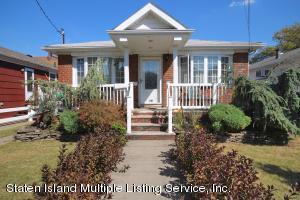 SOLID BRICK RANCH-SEASONAL GARDENS-UPDATED 2010-2012 WITH HEATING SYSTEM/CENTRAL AIR/RECESS LIGHTS/WOOD PANEL DOORS/FRONT STEPS/ Primary Image