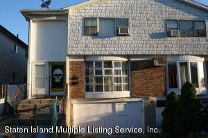 33 Albert Court, Staten Island, NY 10303