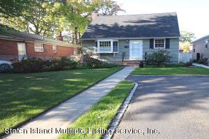 46 Ramblewood Avenue, Staten Island, NY 10308