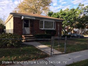 118 Mobile Avenue, Staten Island, NY 10306