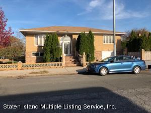 95 Woodlawn Avenue, Staten Island, NY 10305