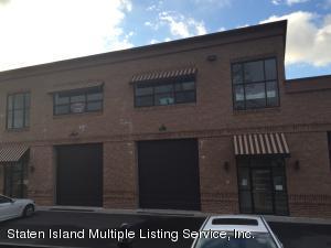 51 Winant Place, Bay 2, Staten Island, NY 10309