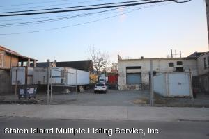 9 Union Avenue, Staten Island, NY 10303