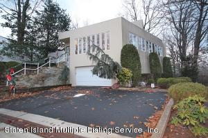 10 Milford Avenue, Staten Island, NY 10301