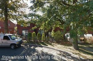 26 Redwood Loop, Staten Island, NY 10309