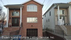 27 Samantha Lane, Staten Island, NY 10309