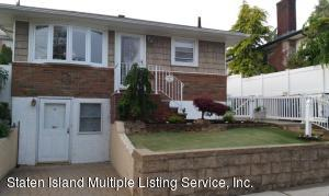 15 Guilford St, Staten Island, NY 10305
