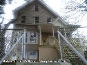 142 York Avenue, Staten Island, NY 10301