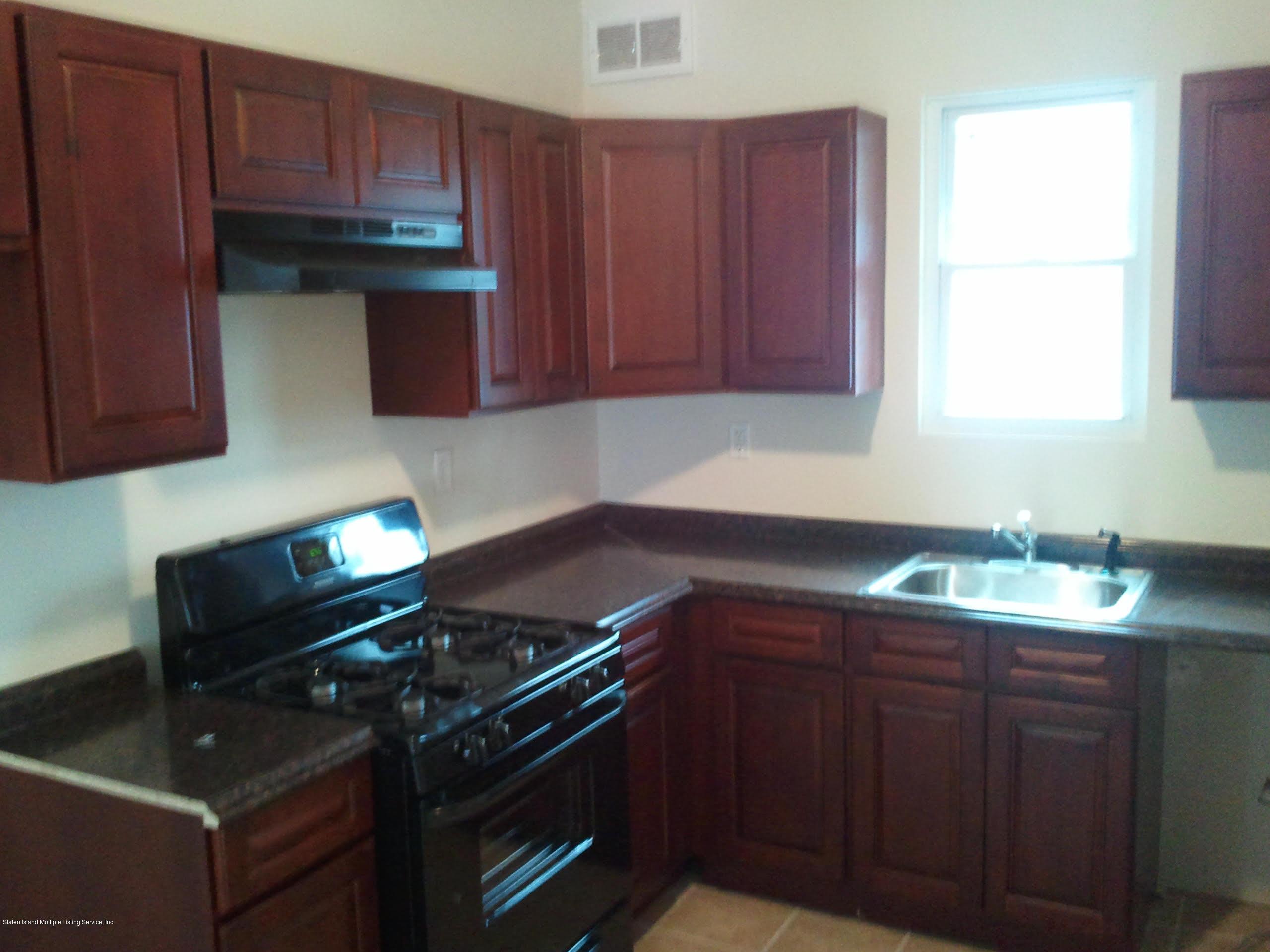 142 York Avenue, Staten Island, NY 10301 - Vernazza Real Estate