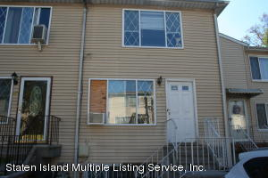 22 Greenfield Court, Staten Island, NY 10304