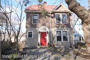 37 Harborview Place, Staten Island, NY 10305