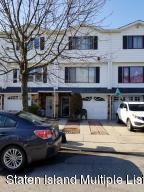 241 Carlyle Green, Staten Island, NY 10312