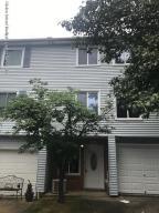 616 Ilyssa Way, Staten Island, NY 10312