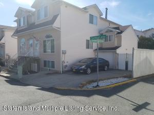32 Cardinal Lane, Staten Island, NY 10306