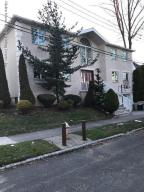 2 Cubberly Place, Staten Island, NY 10306