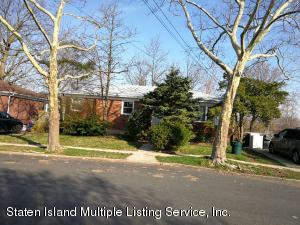 80 Park Hill Circle, Staten Island, NY 10304