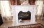 'Marble' gas fireplace