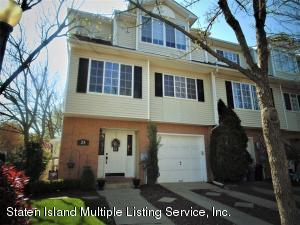 25 White Oak Lane, Staten Island, NY 10309