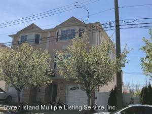 70 Ambassador Lane, Staten Island, NY 10309