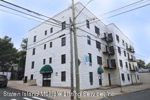 690 Castleton Avenue, Staten Island, NY 10310
