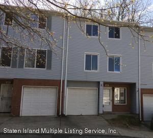 676 Ilyssa Way, Staten Island, NY 10312