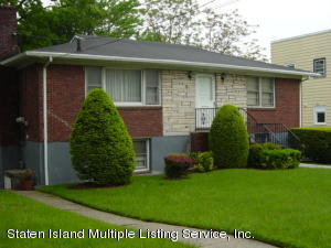 928 Richmond Road, Staten Island, NY 10304