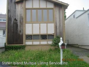 80 Manchester Drive, Staten Island, NY 10312