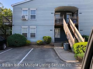 135 A Pondway, Staten Island, NY 10303