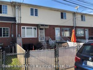 39 Susan Court, Staten Island, NY 10304