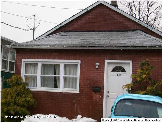 Single Family - Detached in Travis - 118 Cannon Avenue  Staten Island, NY 10314