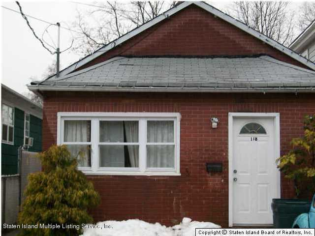Single Family - Detached 118 Cannon Avenue  Staten Island, NY 10314, MLS-1120950-2