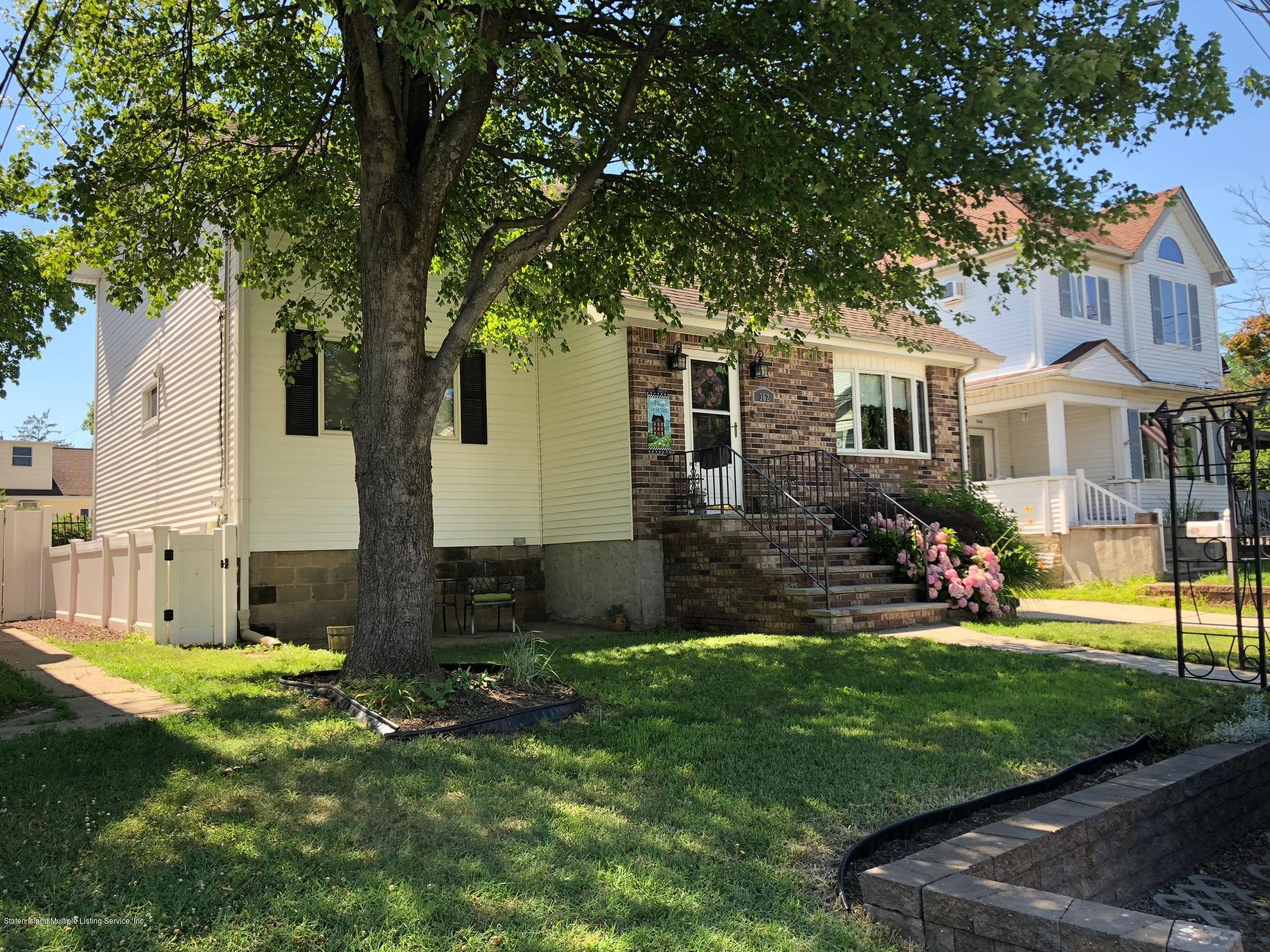 Single Family - Detached in Tottenville - 362 Brehaut Avenue  Staten Island, NY 10307